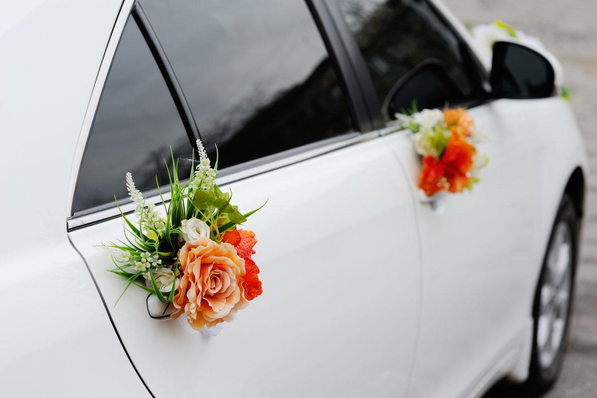 Autogesteck Schleifen Co Tipps Fur Den Autoschmuck Zur Hochzeit
